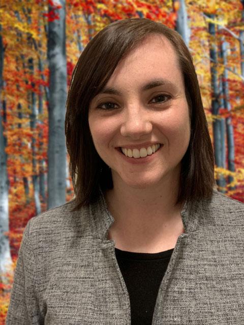 Molly Applin, LLMSW